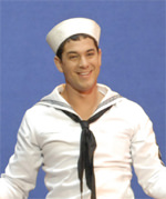 Adam Garcia dans On The Town© Marie-Noëlle Robert