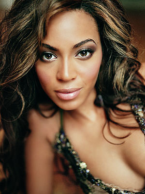 http://www.regardencoulisse.com/wp-content/uploads/2009/07/knowles-beyonce.jpg