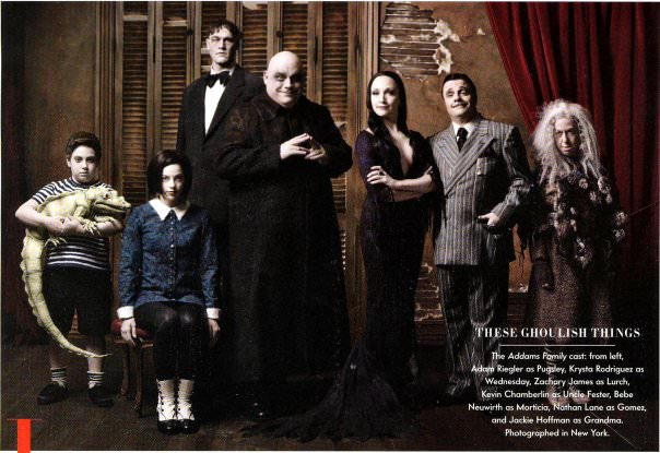 "La troupe de la comédie musicale ""The Addams Family"" © Mark Seliger / Vanity Fair"